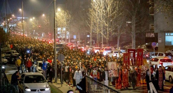 Выход верующих на улицы городов Черногории назвали «истинным прославлением» автокефалии Сербской Церкви