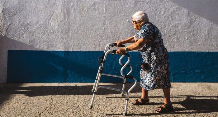 Эта 90-летняя бабушка оказалась сильнее меня