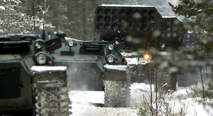 В Русской Церкви предложили обсудить отказ от освящения оружия массового поражения