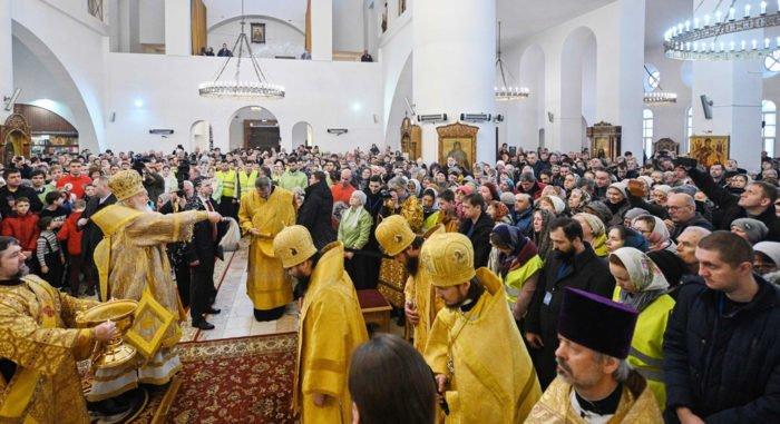 Патриарх Кирилл освятил в Бибиреве храм в честь Московских святых