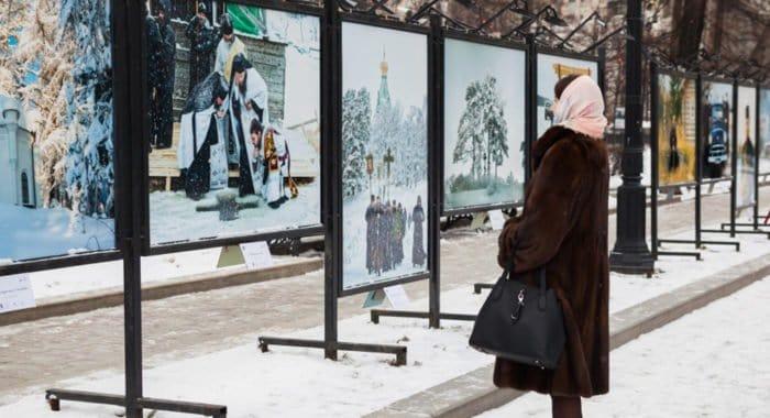 На Тверском бульваре в Москве показывают фотографии «дивного» Валаама