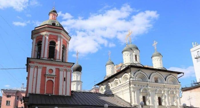 Церкви вернули московский храм XVII века в честь Иоанна Богослова на Бронной