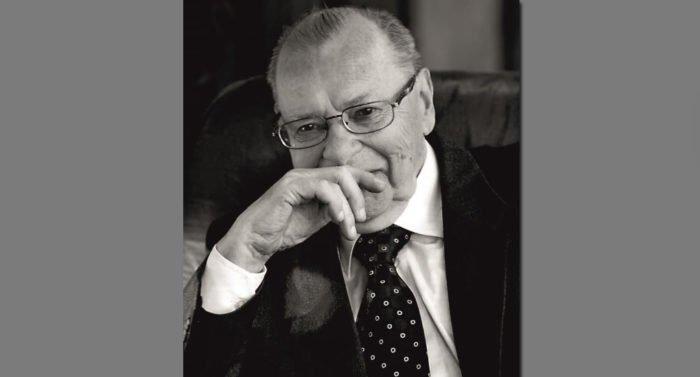 Умер историк и археолог, специалист по берестяным грамотам Валентин Янин