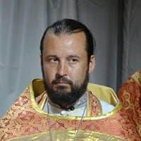 НИКИШОВ Виктор, священник