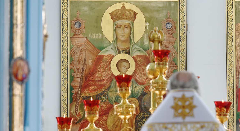 Церковь вспоминает явление иконы Божией Матери «Державная»