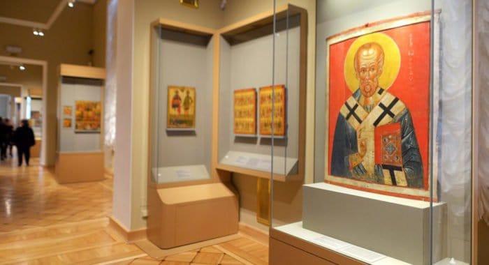 Постоянная экспозиция древнерусских икон открылась в Эрмитаже