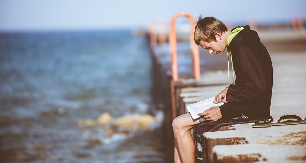 Русская Церковь предложит свой перечень литературы для подростков