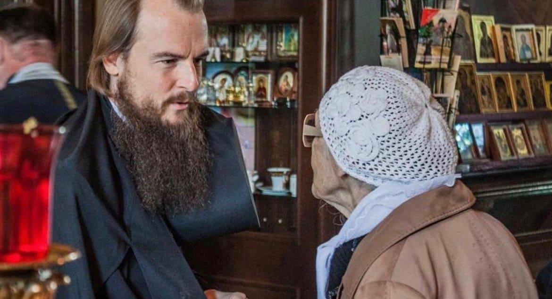 В Церкви призвали московских студентов помогать пожилым во время карантина