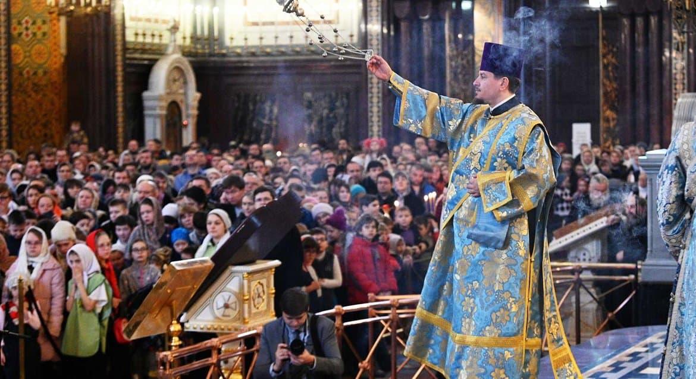 Русская Церковь не рассматривает возможность отмены богослужений из-за коронавируса