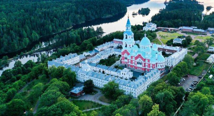 На Валааме усилят не только меры профилактики коронавируса, но и молитву, – наместник монастыря