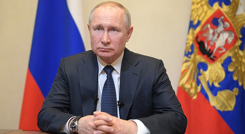 Владимир Путин призвал строго соблюдать рекомендации по защите от коронавируса