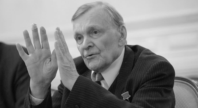 Умер писатель-фронтовик Юрий Бондарев