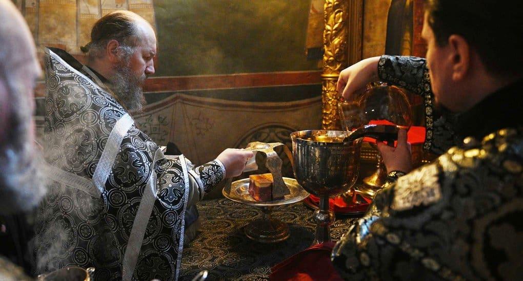 Митрополит Рязанский Марк рассказал, почему важно совершать Литургию Преждеосвященных Даров вечером