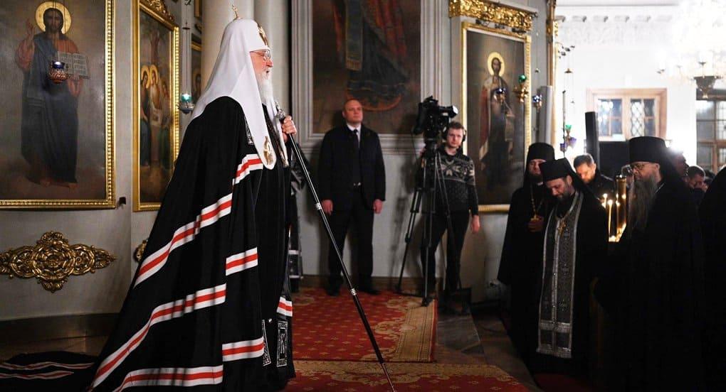 Патриарх Кирилл передал Данилову монастырю частицу мощей святого Прохора