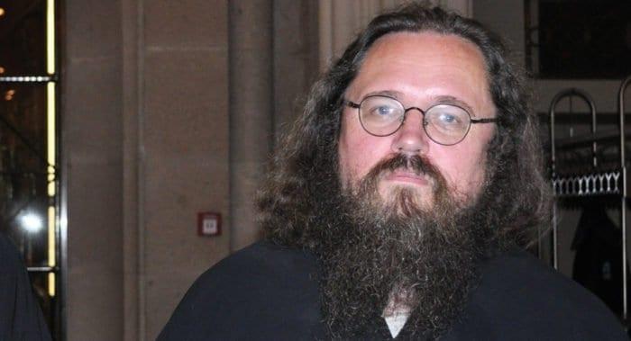 Епархиальный суд Москвы подтвердил свое решение о лишении сана протодиакона Андрея Кураева