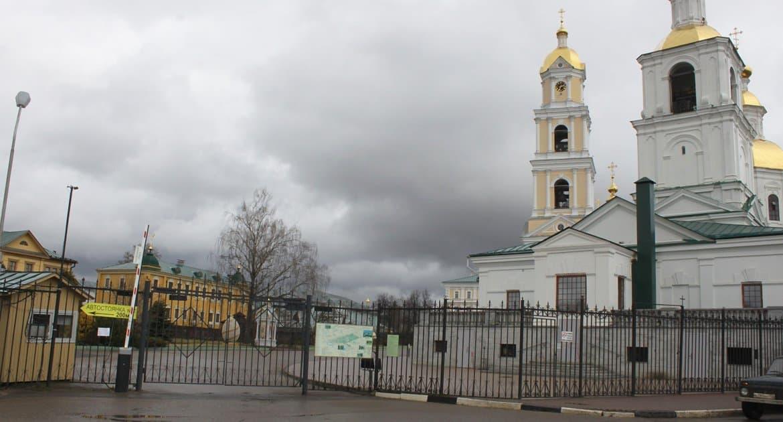 Дивеевский монастырь и Оптину пустынь временно закрыли для паломников