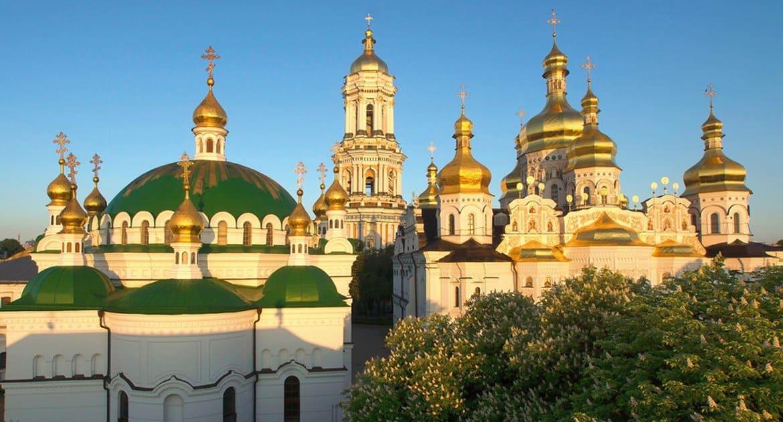 Владимир Зеленский подтвердил право Украинской Православной Церкви на Киево-Печерскую лавру
