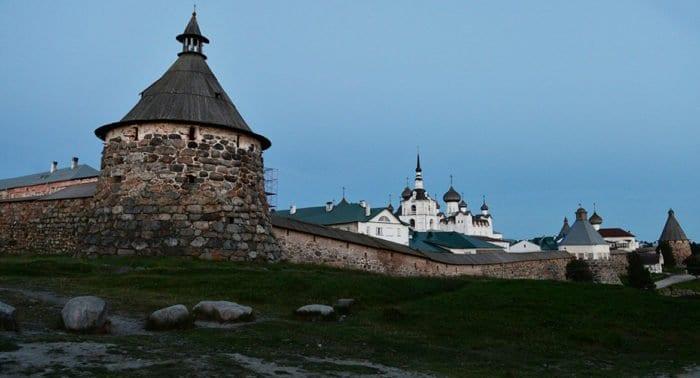 Соловецкий монастырь вновь открылся для паломников