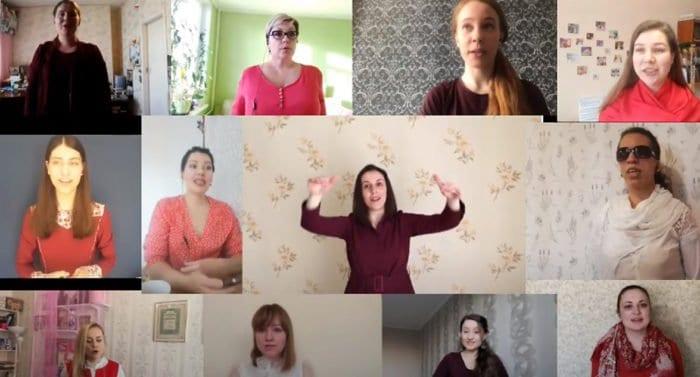 Женский хор Петербургской митрополии поздравил с Пасхой в формате флешмоба