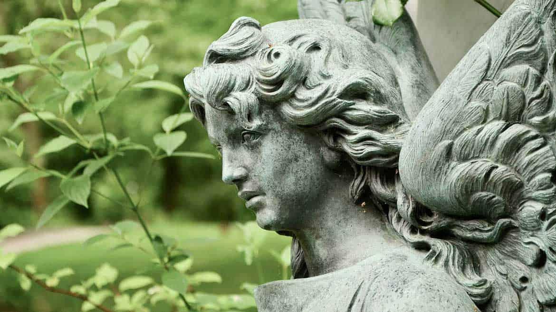 Как молиться на Радоницу на самоизоляции?