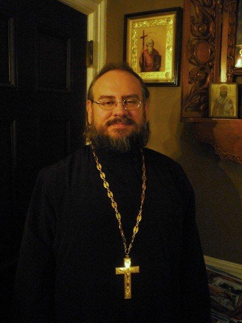 Русский священник из Нью-Йорка был рядом с терактами 11 сентября, а теперь в эпицентре пандемии. Что он переживает сейчас?