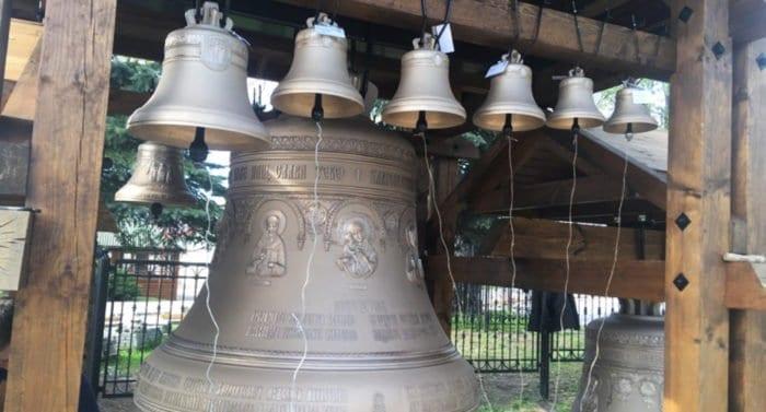 В Жировичский монастырь передали 12 колоколов из России