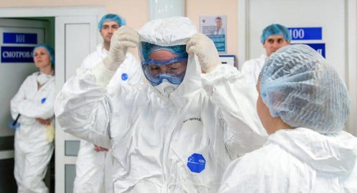 Церковь планирует наградить врачей, борющихся с коронавирусом