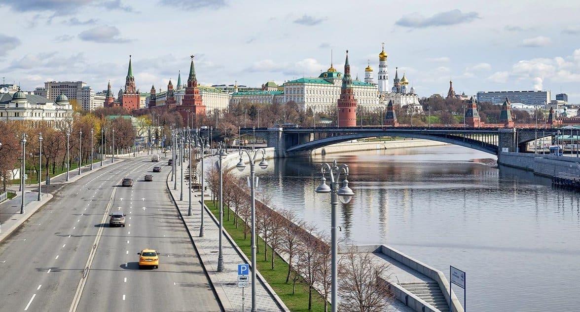 Самоизоляцию и пропускной режим в Москве отменят 9 июня