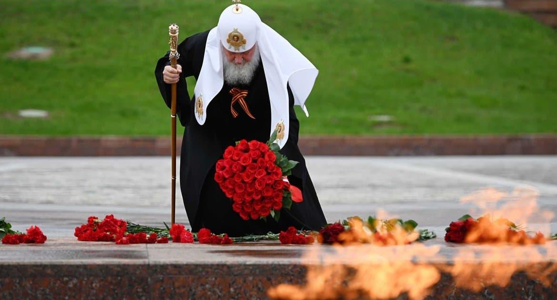 Патриарх Кирилл спел
