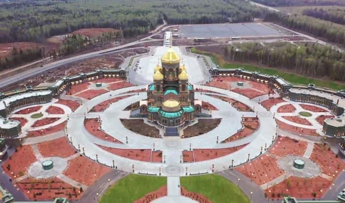 Завершено строительство главного храма Вооруженных сил России