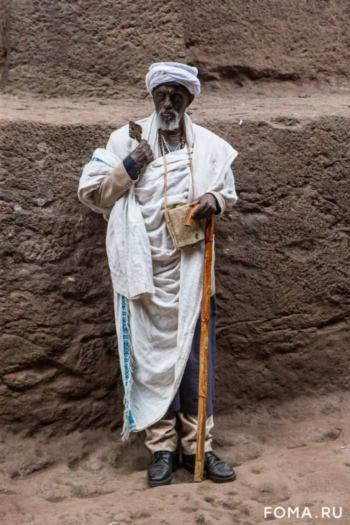 Удивительная Эфиопия: золотой Крест Лалибэлы и школьные уроки прямо на траве