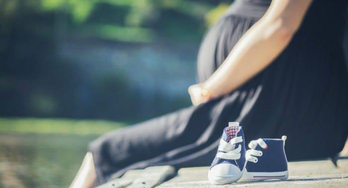 Вышло пособие о психологической помощи беременным и мамам в трудной ситуации