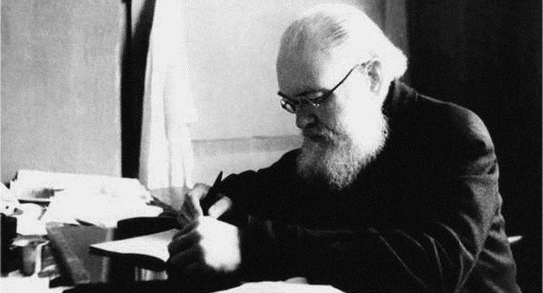 Атеистическая власть гоняла его по тюрьмам, а он сделал прорыв в медицине: впечатляющий список научных достижений святит...