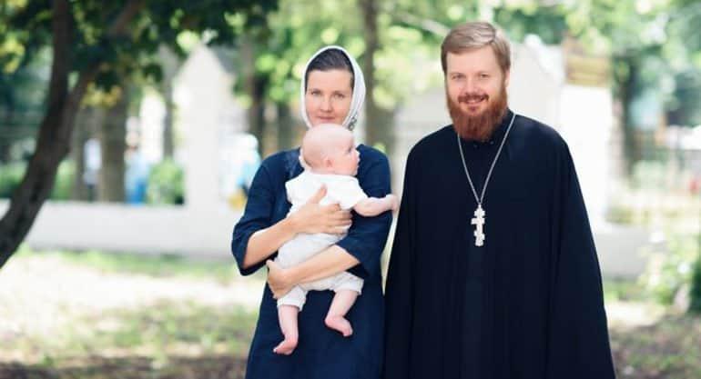 Переболевший коронавирусом клирик Елоховского собора стал донором плазмы крови