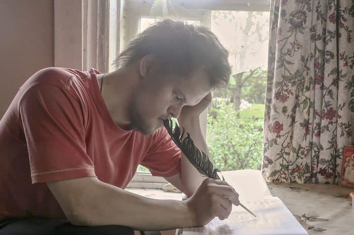«Для меня время истекло навсегда» — эти поразительные стихи написал человек с синдромом Дауна