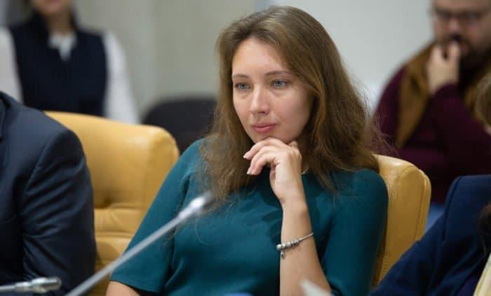 Предложения Анны Кузнецовой по защите нерожденных детей поддержали в Церкви