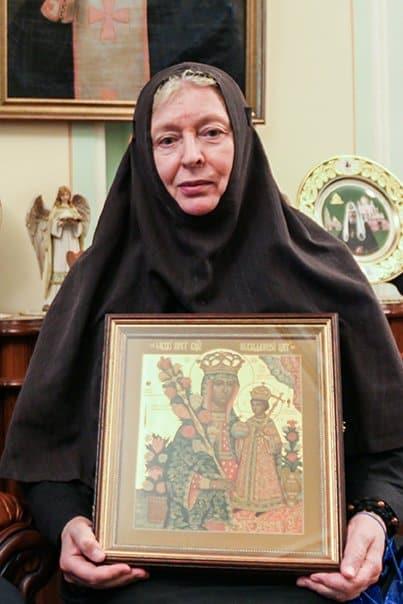 Преставилась монахиня-хирург Анастасия (Артемьева), ежегодно делавшая более 30 сложных операций