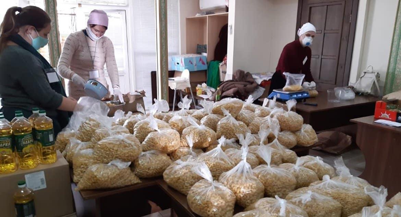 Более 7 тонн продуктов передала во время пандемии нуждающимся Сочинская епархия