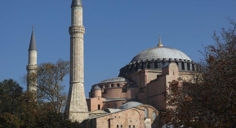 Изменение статуса храма Святой Софии может нарушить межрелигиозный баланс в Турции, – митрополит Иларион