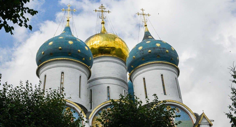 Троице-Сергиева лавра вновь принимает паломников