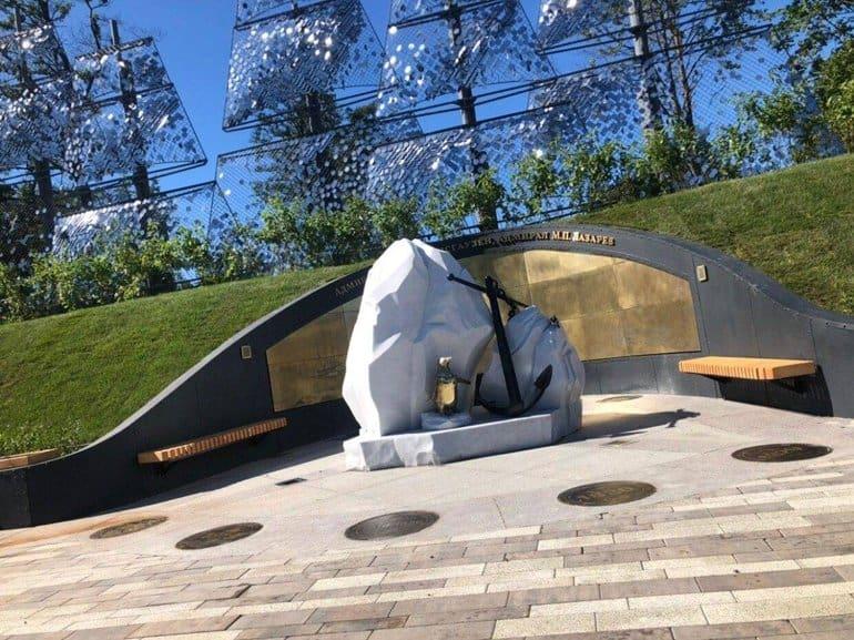 В честь героев российского флота открыли аллею в Кронштадте