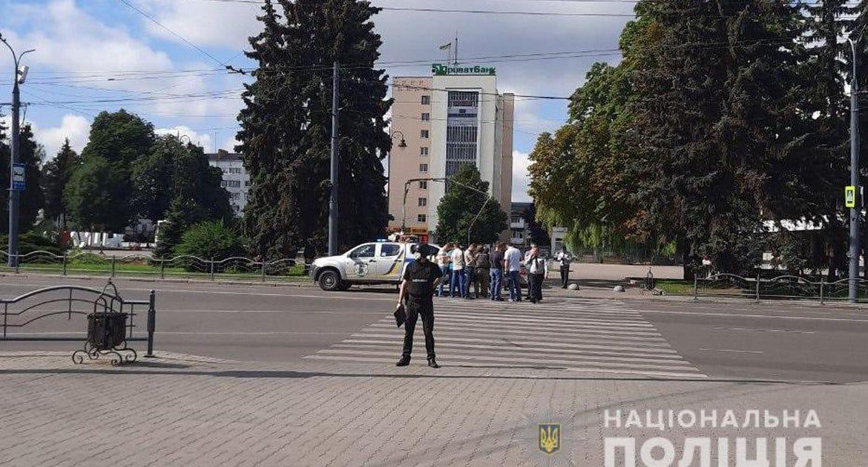 В Украинской Церкви призвали молиться об освобождении заложников в Луцке