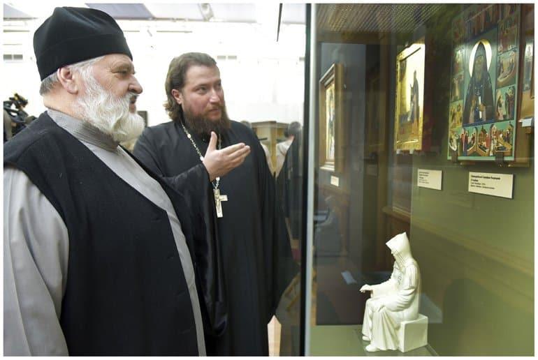 В Петербурге показывают модели памятника святому Серафиму Вырицкому