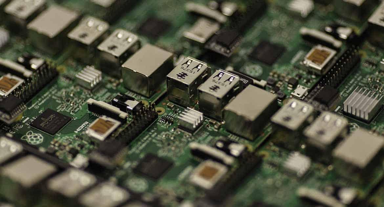 Разве можно не реагировать на угрозу чипизации и 5G?