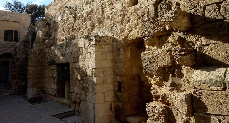 «Мы зашли в гробницу Лазаря, но теперь никакой благодати не ощущалось» — случай на Святой Земле