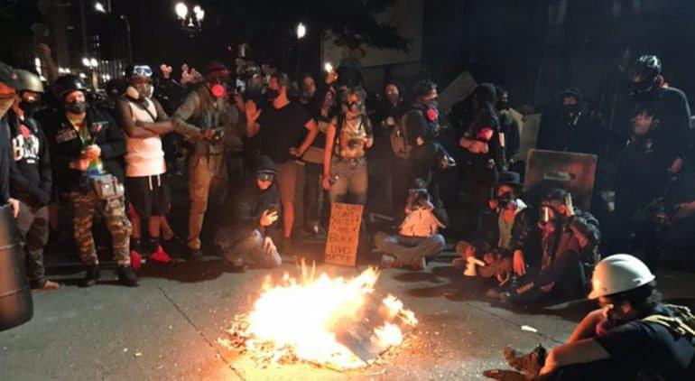 Оскорбление религиозных чувств людей дискредитирует движение Black Lives Matter, – Владимир Легойда