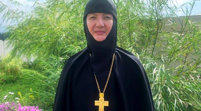 Сергий (Романов) перестал поминать Патриарха, несмотря на сопротивление монахинь, – игумения Варвара