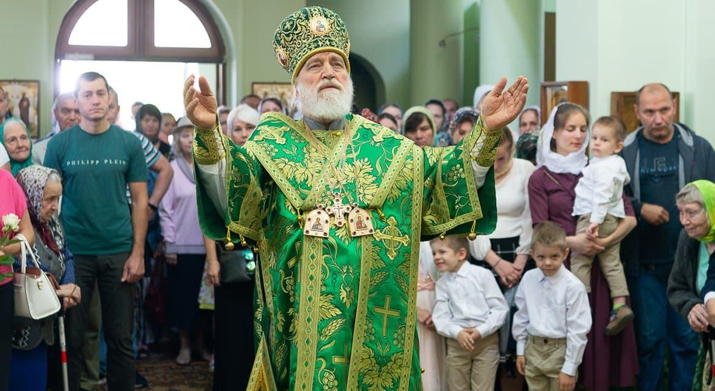 В храмах и монастырях Беларуси начали особо молиться о мире в стране