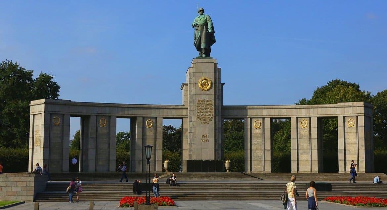 МИД России присоединился к проекту по сохранению российских военных мемориалов за рубежом