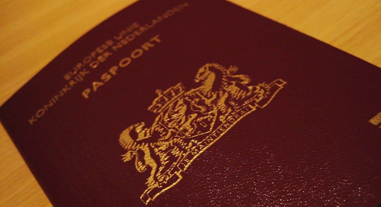 В Церкви назвали «доведением до абсурда плюрализма» отмену указания пола в голландских паспортах
